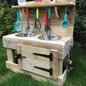 mud kitchen with oven