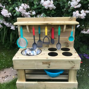 mini mud kitchen